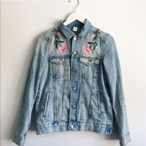 La Belle Vie Jean Jacket - re sale only wore once